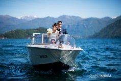 05-sposi-in-barca-lago-como