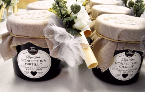 bomboniere-gastronomiche-matrimonio-confettura-mirtillo-ciliegie